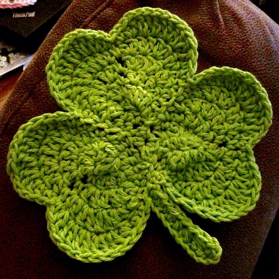 Crochet Shamrock Dishcloth/Potholder | Jackatessa\'s Blog